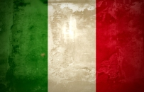 the italian flag painted on the wall